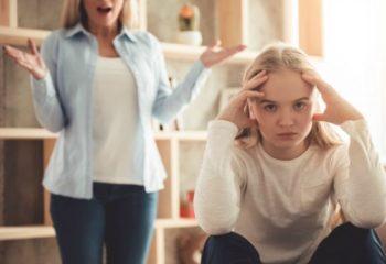 tween-teen-girl-fight-argument_feature-565x376